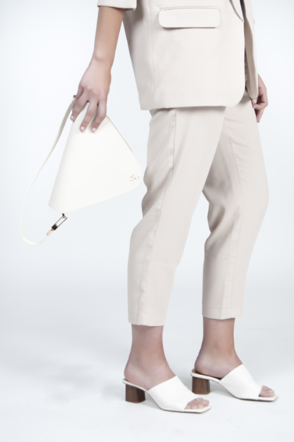 Bolso color crema Gio Naiara Elgarresta